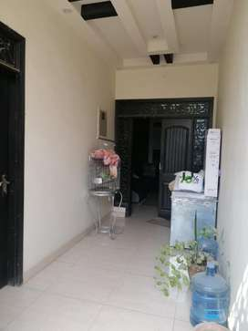 3 Bed Dd 1st Floor portion For Sale In Block 5