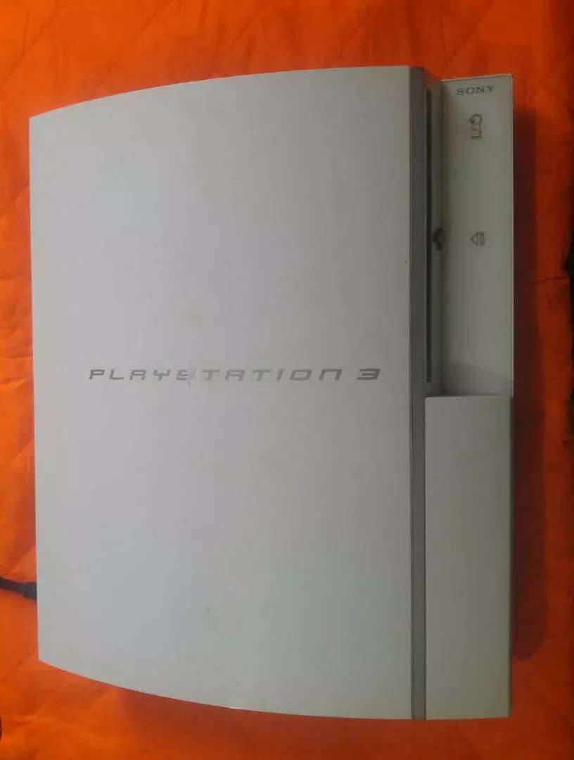 Faulty PS3 Glacier White Color Red Light Issue 0