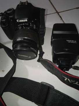 Camera digital  Canon EOS 550