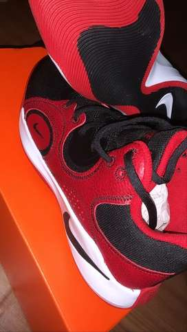 Nike fly by mid2