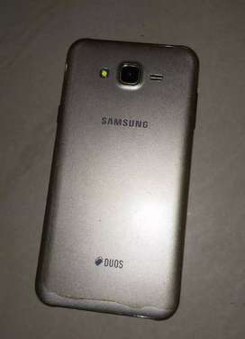 1 Year old Samsung J7 Next only @ 6000 rs.