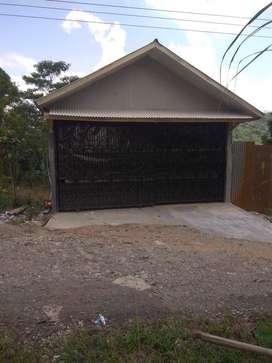 Rumah atau villa dijual
