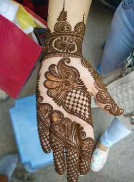 Mehandi designs And parlour treatments