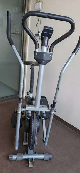 Cross bar cycle in good condition
