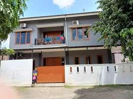 Dijual rumah tingkat dalam kota + perabotan