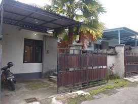 Rumah Second Type 45 Harga Murah Dekat SMP Kediri (gg)