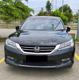Honda Accord 2013 Hitam Matic Mulus Ga ada PR
