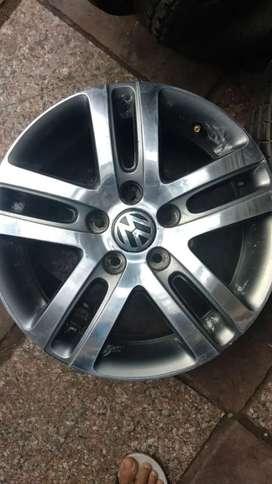 Without Tyre 4 Genuine VOLKSWAGEN JETTA 16 ALLOY WHEEL