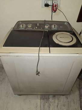 Semi Automatic washing Machine lg 7.5 kg