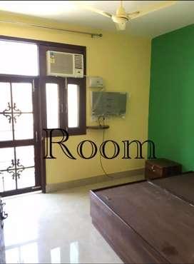 No brokerage , 2 Room set , semi furnished