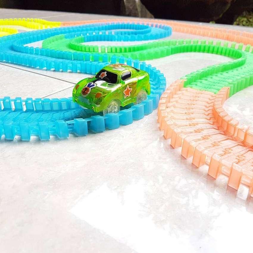 Flexible Creative Magic Race Track DIY Bongkar Pasang