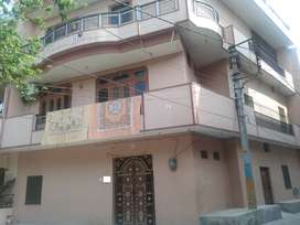 105 YARD TRIPLE STORY CORNER HOUSE 75 LAC (JAGRATI VIHAR SEC-4 )