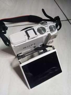 Mirrorless Canon EOS M3 Fullset Box dan Bonus