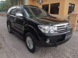 Dp18jt# Fortuner G Lux 2011 AT