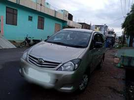 Innova 2010 August  2.5G 8 seater First Owner