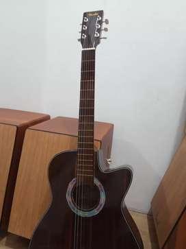 Gitar akustik beda