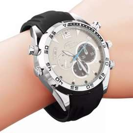 Stylish watch with cam