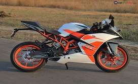 KTM RC 200 WITH DUAL CHANNEL ABS