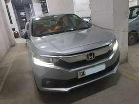 New honda amaze less driven car showroom condition model V-1.2 petrol