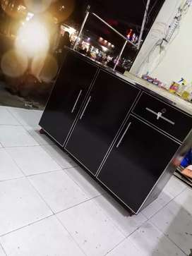 3 door beautiful iron stand ..available in all colours