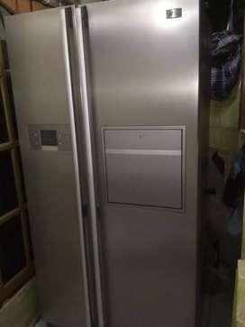 Kulkas 2 pintu besar