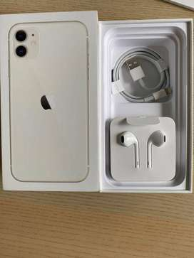 Buy iphone 11 / 128 GB good condition with fut kit