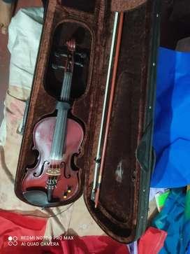 Violin semi automatic