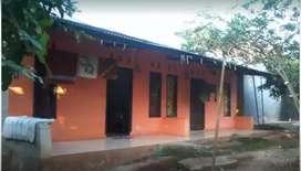 Tanah dengan luas 2000 m2+ 2 kontrakan dan 1 rumah  3 kamar