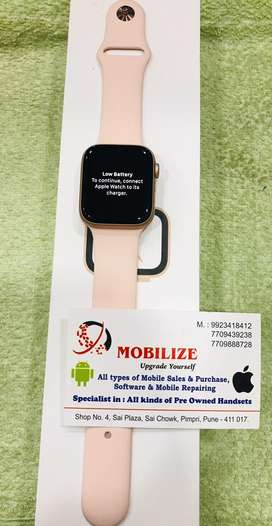 Apple Watch Series 4 Gold 44MM ( Gps ) Under Warranty Till mar-2020