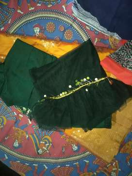 Printed banarsi skrit ,crop top and net dupatta