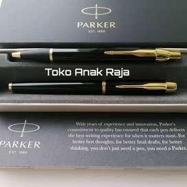 PAKET Parker IM LQ Black GT  1 pc Ballpoint + 1 pc RollerBall