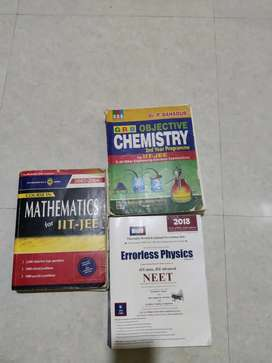 Set of 3 books (MPC) for JEE preparation