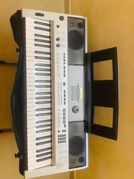 Yamaha keyboard psrI455