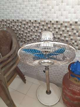 Stand Table Fan for sale