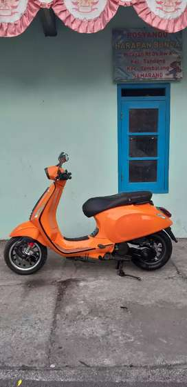 VESPA SPRINT 3V 2015 ORANGE