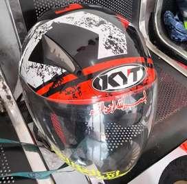Helm kyt ukuran L