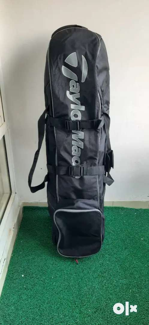 Golf Travel Set Bag- with wheels 0
