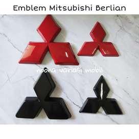 emblem mitsubishi berlian xpander merah hitam depan belakang