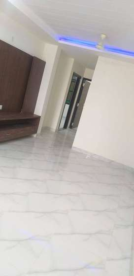 2bhk flat 27 lac at mansarovar extension