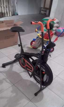 Sepeda statis new dual teraphymaxx 50 dlumaghasport