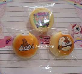 JUAL SQUISHY WIZARD BUN WITH TAG BY MOMOCUPPY
