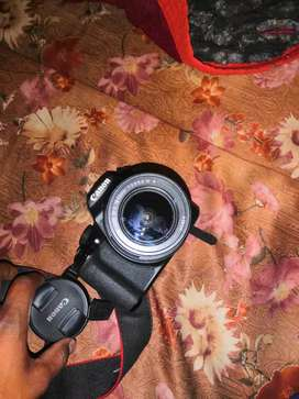 Canon 1300d DSLR camera. Good condition. 3 mounths old.