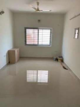 10 years Old Flat for rent