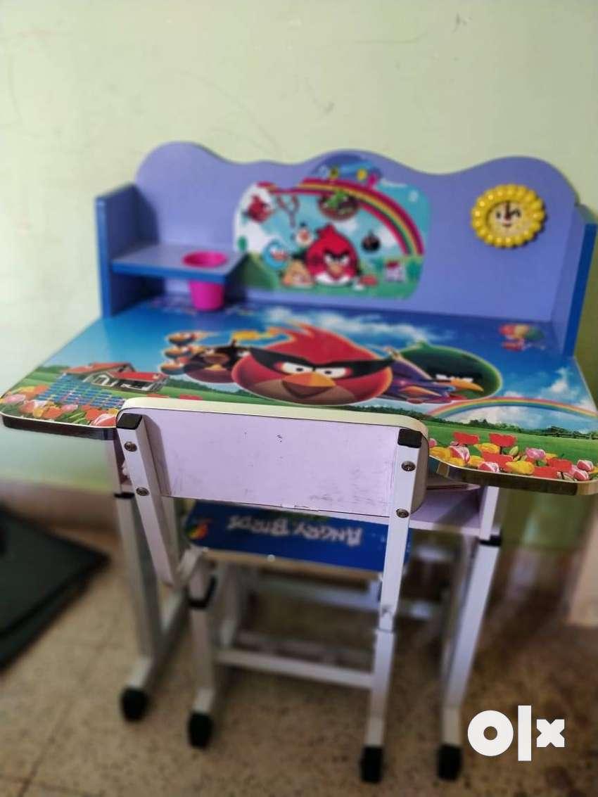Kids Study Table 0
