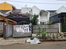 Rumah siap huni ,lokasi dekat Tol di Graha Raya Bintaro