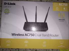 D-Link DIR-819 750Mbps Router only for 550Rs.