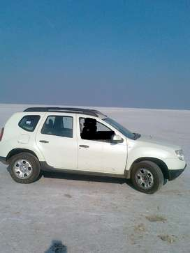 Renault Duster Car For Rent