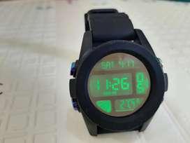 Jam tangan Nixon Black Iridium