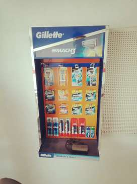 Gillete stand