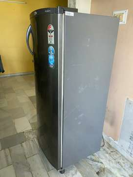 Whirlpool well condition refrigerator